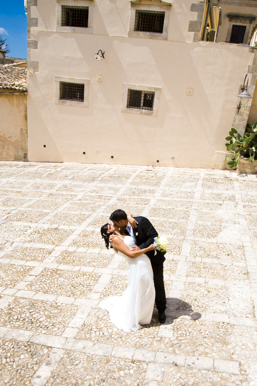 bacio matrimonio